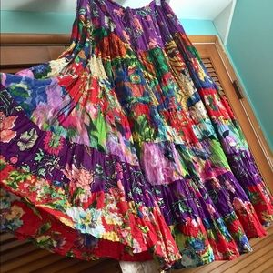 Vintage Floral Tiered cotton Maxi Skirt